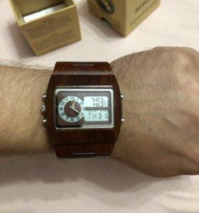 Часы деревянные