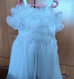 Нарядное платьице на девочку