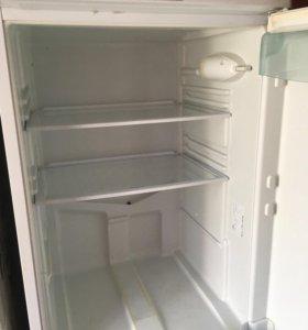 Холодильник б/у , Стинол.
