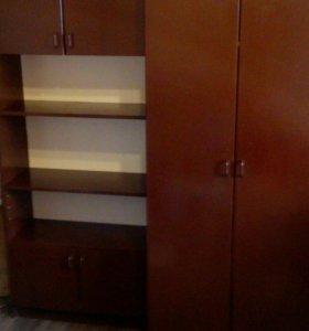 Шкаф -стенка три секции