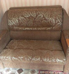Продаю диван малютка
