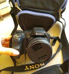 Зеркальный фотоаппарат Sony Cyber-shot