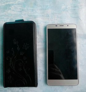 Телефон Leagoo m8