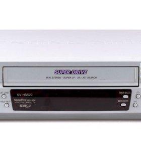 Новый видеомагнитофон PANASONIC HS820, S-VHS, TBC