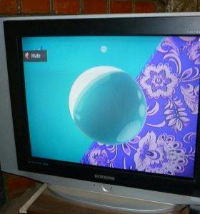 Большой телевизор Samsung 72 см плоский экран