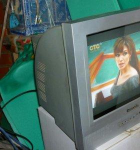 Телевизор маленький для кухни или дачи