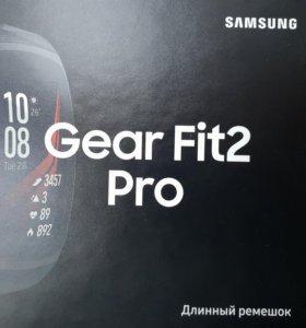 Часы Samsung Gear Fit 2