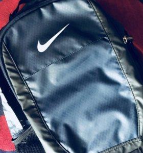 Оригинальный рюкзак NIKE
