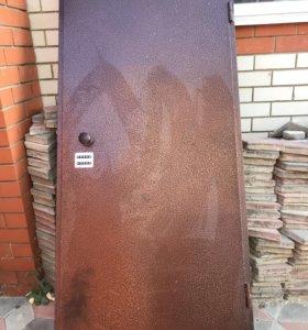 Продам дверь железная входная