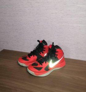 Баскетбольные кроссовки б/ у