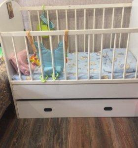 Детская Кровать с выдвижным ящиком