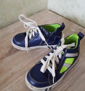 Обувь на мальчика р.28