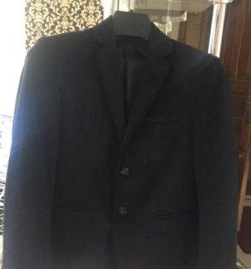 Школьный пиджак на первоклашку