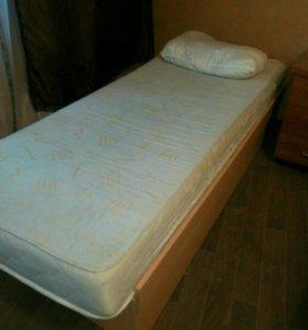 Кровать бу с матрасом
