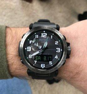 Часы Casio + подарок