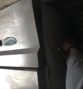 Продаю холодильник Gistro