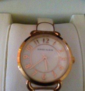 Часы Аnne Klein
