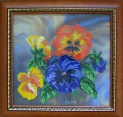Картина вышитая чешским бисером Виолы
