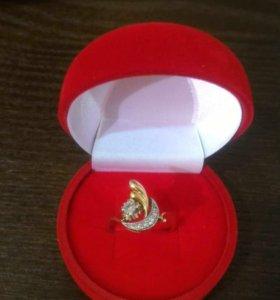 Кольцо,бриллианты
