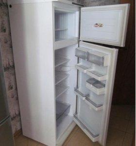 Холодильник Атлант. Привезу.