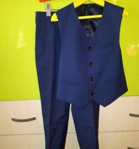 Жилетка и брюки STENSER р-р 116-122