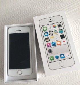 Айфон 5s с доп.зарядником