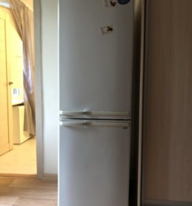 Холодильник Samsung рабочий