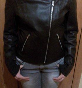 Кожаная куртка Calvin Klein абсолютно новая