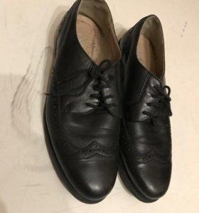 Туфли на подростка, размер 37.