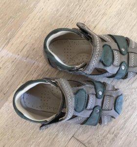 Детская обувь, размер 21-23