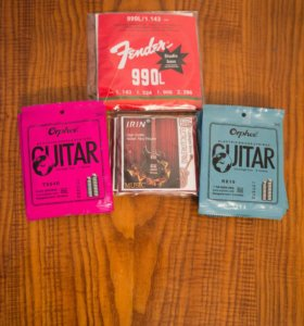 Струны для гитары, фурнитура, комплектующие.