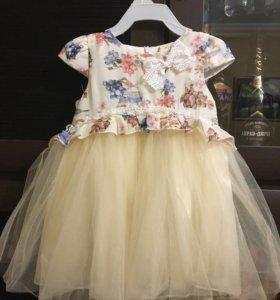 Платье праздничное для девочки 86 р-р