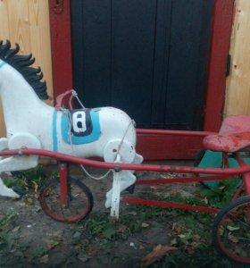 Лошадь каталка с педалями