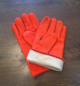 Утеплённые резиновые перчатки