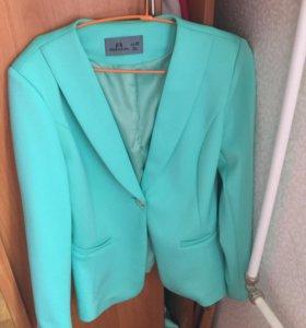 Пиджак 48/50 размер
