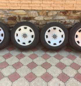 Продаю 4 колеса с дисками на AUDI 8