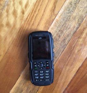 Телефон sonim продаю на запчасти