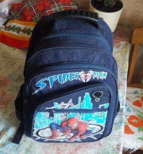 Рюкзак для мальчика школьный
