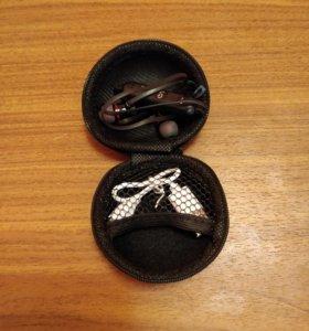Bluetooth гарнитура на магните (новая)