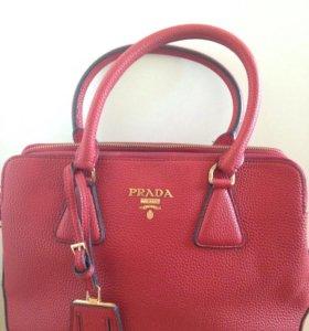 Женская сумка Prada Safiano - Красная