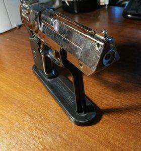 Пистолет-зажигалка Desert Eagle