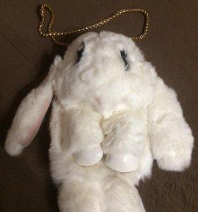 Сумка рюкзак меховой кролик.