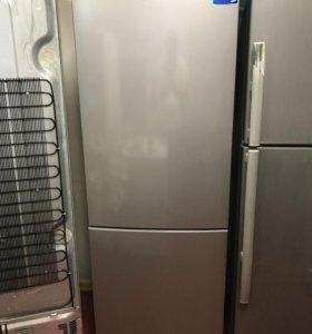 Продам холодильник 2-х камерный Samsung.Доставка.