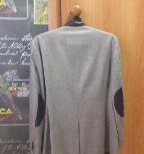 Продам итальянский пиджак52р