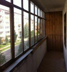 Окна и балконная рама