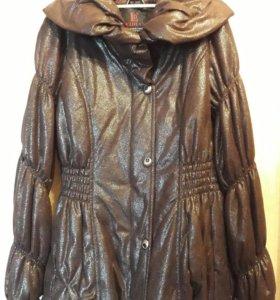 Куртка на девочку осень-весна.( Размер M 160/84A)