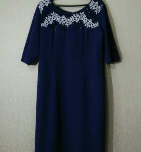 Платье (почти новое)