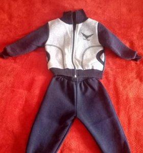 Продам костюм(осень )на мальчика.