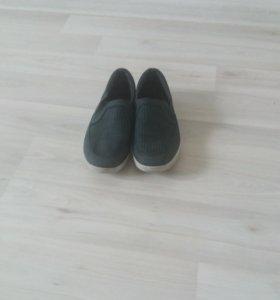 Туфли кожаные р. 35