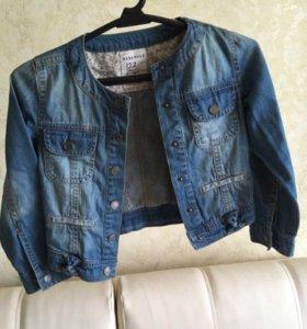 Курточка джинсовая на девочку